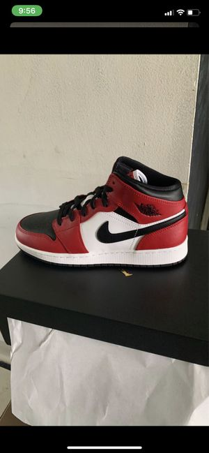 Jordan 1 mid DS 7y more sizes for Sale in Cleveland, OH