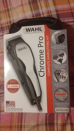 WAHL Chrome Pro Haircutting Kit for Sale in Meservey, IA
