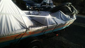 93 tracker tournament lx. With 20hp merc and trolling motor for Sale in Perry, GA