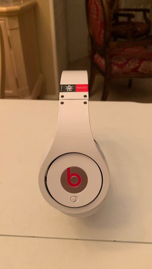 Beats Studio EkoCycle Limited Edition for Sale in Flower Mound, TX