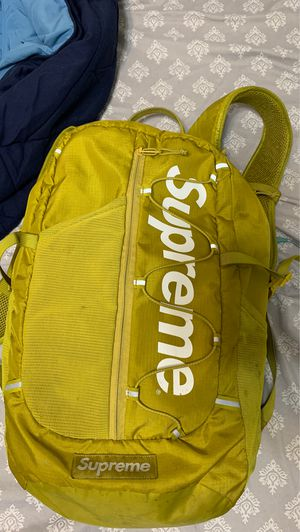 Supreme backpack for Sale in Carrollton, TX