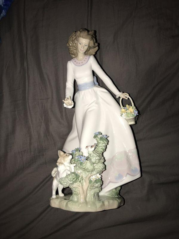 LLADRO Figurine