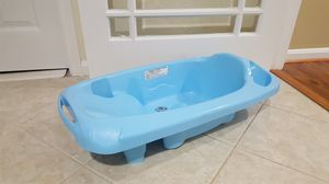 Baby bath tub - $5 for Sale in Fairfax, VA