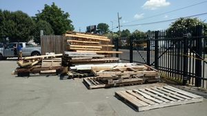 Free pallets...fire wood for Sale in Charlotte, NC
