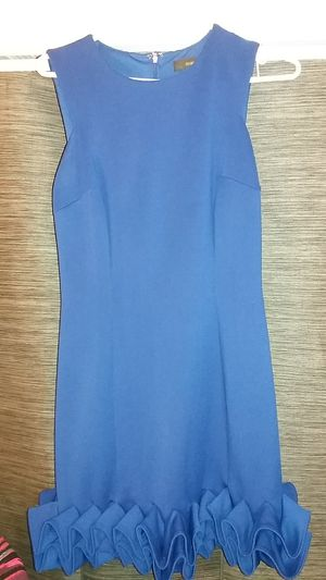 Free Maia size 6 blue dress for Sale in Los Angeles, CA