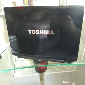 TOSHIBA SATELLITE LAPTOP for Sale in Tomball, TX
