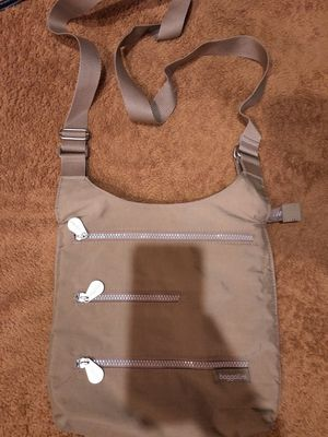 Baggallini crossbody for Sale in Columbus, OH