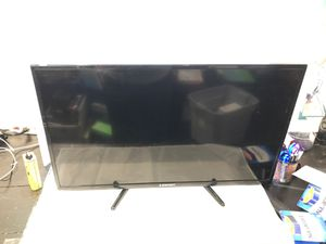 Element tv or computer monitor for Sale in Davie, FL