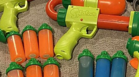 "Lot Of 4 Nintendo Splatoon Guns, Goggles And Splattershot ""Ink"" for Sale in Los Angeles,  CA"