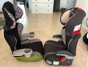 Set of 2 Booster Car Seat 40-100lbs ~ Graco & Evenflo for Sale in Lake Worth, FL