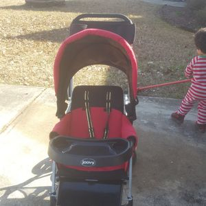 Joovy Double stroller Come With Infant Carseat Holder for Sale in Kennesaw, GA