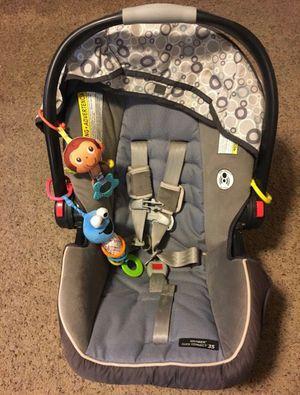 Graco Infant car seat for Sale in Wichita, KS