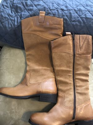 Boots womens 9 for Sale in Norwood, MA