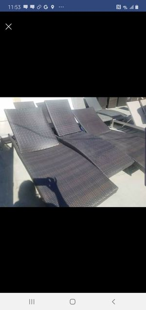 Lounge chairs for Sale in Fontana, CA