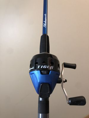 Fishing rod for Sale in Hickory Hills, IL