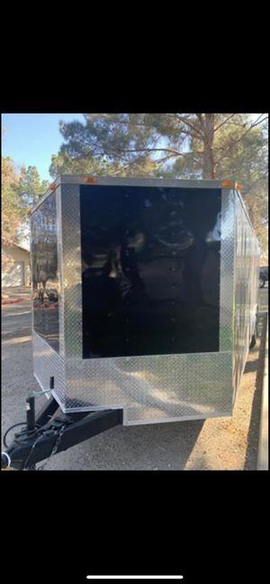 2019 8.5x24ft v-nose enclosed car hauler for Sale in Los Angeles, CA