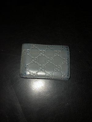 Grey Gucci wallet (Special edition) for Sale in Clovis, CA