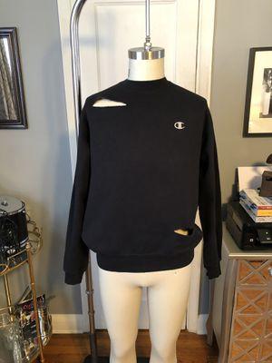 Men's Champion Sweatshirt paid $35 size medium for Sale in Washington, DC