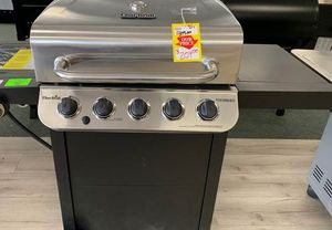 Brand New Char-Broil Propane BBQ Grill 6YTVP for Sale in Houston, TX
