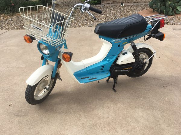 1986 honda scooter express classic.