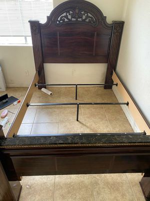 It's a really clean bed and it's like new for Sale in Clovis, CA
