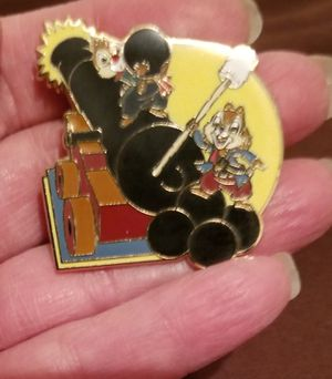 Disney Chip & Dale trading pin for Sale in Gresham, OR