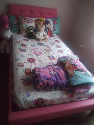 Twin bed frame for Sale in Gardner, KS