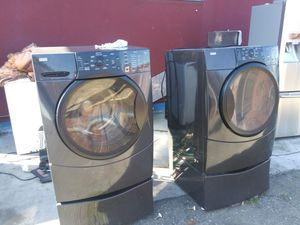 Washer and gas dryer set for Sale in Oakland, CA