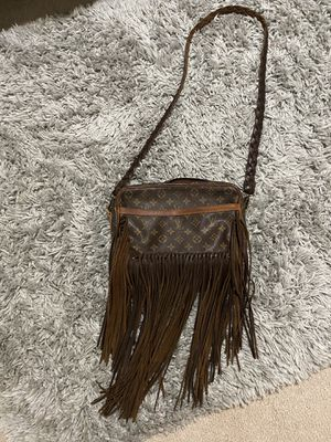 Louis Vuitton Bag - Vintage Boho Bags for Sale in Puyallup, WA
