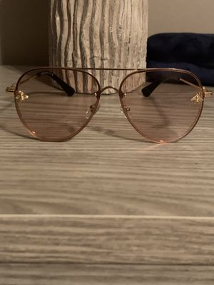 New Gucci unisex sunglasses for Sale in Louisa, VA