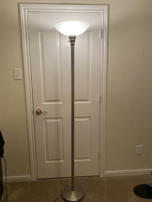 Tall Floor Lamp for Sale in Pearland, TX