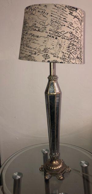 Vintage lamp for Sale in Tucson, AZ