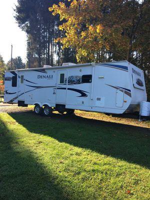 Denali camper for Sale in Latrobe, PA