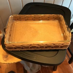 Pyrex Casserole Dish And Basket 13 1/2 X 83/4 for Sale in Elburn, IL