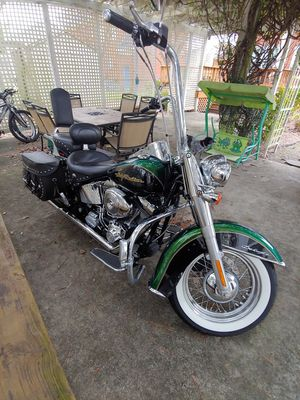 2006 Harley Davidson Softail Deluxe for Sale in Winterville, NC