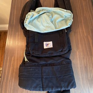 Ergobaby Original Baby Carrier for Sale in Buffalo, NY