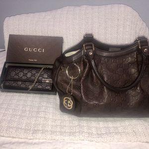 Gucci Sukey handbag & Shima Chain Wallet Dark Brown for Sale in Chino, CA