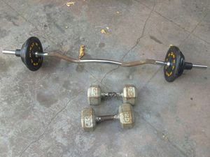 CURL BAR WITH WEIGHTS+( 2) 20 POUNDS DUMBBELLS...$70 for Sale in Acampo, CA