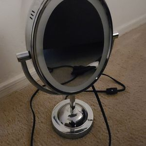 Conair Double-sided Mirror for Sale in Phoenix, AZ