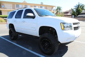 2007 Chevy Tahoe 4x4 LOW MILES for Sale in Orange, CA