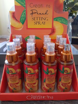 Beauty Creations peach setting spray $5ea for Sale in Victorville, CA