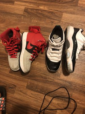 Air Jordan 11 RetroLowtops & pair of high top Nike's and pair of vans for Sale in Peoria, IL