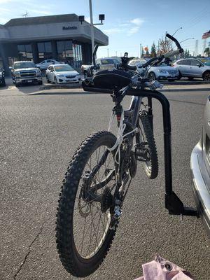 BIKE RACK 2 inch Hitch Mount for Sale in Modesto, CA