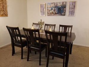 New 7 piece Adjustable Dining Set for Sale in Fresno, CA