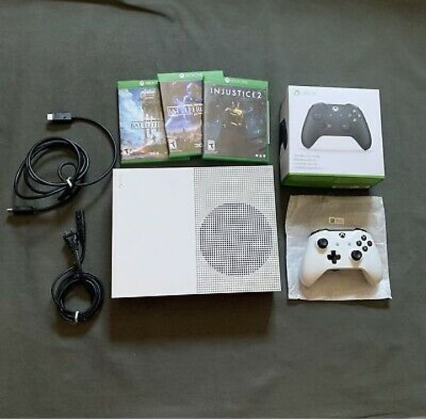 Xbox One S 1TB, 2 controllers, cables, and 3 games bundle . Great condition