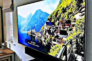 FREE Smart TV - LG for Sale in La Plata, MO