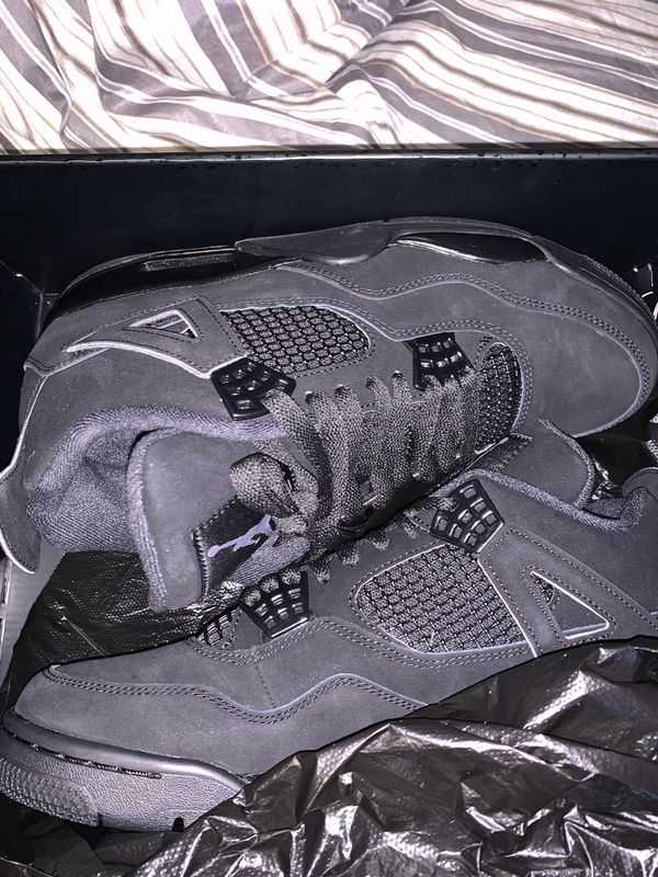 💥BRAND NEW 💥BLACK CAT 4s SIZE 9.5