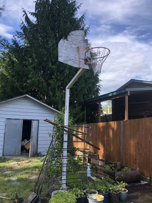 2 metal basketball post and hoop for Sale in Everett, WA