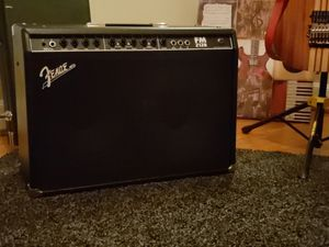 Fender FrontMan 212r 100 Watt 2x12 Guitar Amp for Sale in Norfolk, VA