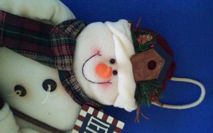 SNOWMAN WITH BIRDHOUSE HAT DOOR OR HOME DECOR (county styled) HOLDING A SIGN LET IT SNOW for Sale in Schaumburg, IL